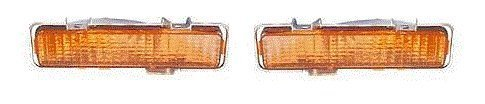 Fits 82 - 93 Chevrolet GMC S10, S15, Sonoma, Blazer, Jimmy, Bravada Turn Signal Pair Set Both NEW Bumper mounted Driver and Passenger front