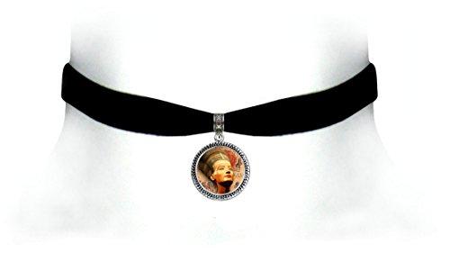 Victorian Vault Egyptian Art Black Velvet Choker Steampunk Gothic Pendant Necklace (Nefertiti - Gold Victorian Necklace