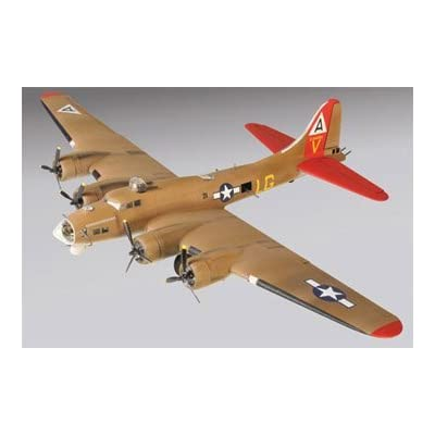 Lindberg 1 / 64 B - 17 Flying Fortress飛行機モデルキット: Everything Else