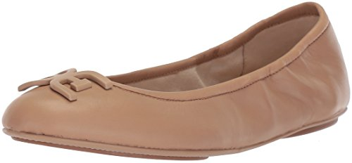 Luminizing Satin Eye Color - Sam Edelman Women's Florence Ballet Flat, Classic Nude Leather, 9.5 M US