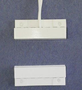 Flange Mount Contact And Magnet With Center Leads White - 10 Pack
