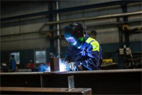 Welding protection for eyes and face