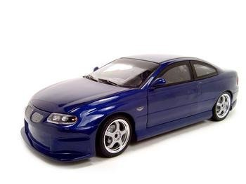 Ertl 33967M 2004 Pontiac GTO Street Machine 1:18 Scale Die Cast by American Muscle