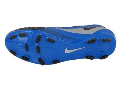 new concept c0f3b ca6e1 Amazon.com  Nike Men s NIKE T90 SHOOT IV FG SOCCER SHOES 6.5 (SOAR BLACK METALLIC  SILVER)  Sports   Outdoors