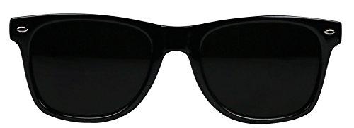 34eb34ea5 Amazon.com: Basik Eyewear - Super Dark Lens Retro Vintage Inspired 80s  Spring Hinge Sunglasses (Glossy Black Frame, 146): Clothing