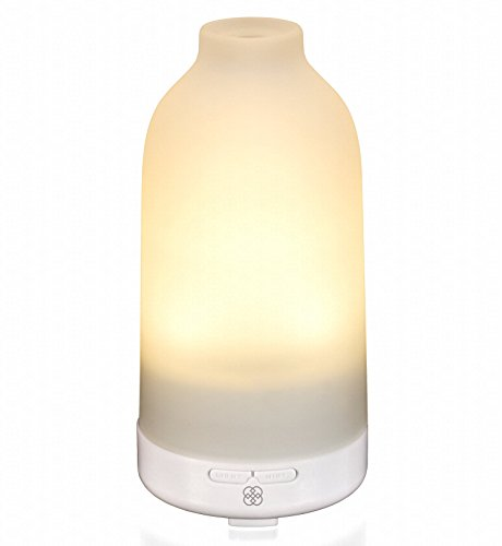 Essential Oil Diffuser Botella - Glass Aromatherapy Oils Humidifier and Mister Perfect Decor Gift for a Peaceful Home Wellness Workout Yoga & Meditation or Office Space (Warm White)