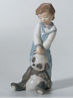 Lladró First Discoveries Figurine