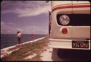 HistoricalFindings Photo: Leaving Their Travel-Trailer on The Side of The Road, This Retired Couple from (Best Small Travel Trailer For Retired Couple)