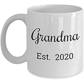 Amazon.com: Grandma Est 2020 Mug - First Time Grandma ...
