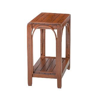 Rustic Side Table - Oak in Michael's Cherry Stain ()