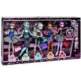 [Monster High Dance Class 5 Pack - Rochelle Goyle, Gil Webber, Robecca Steam, Lagoona Blue, and] (Monster High Lagoona And Gil)