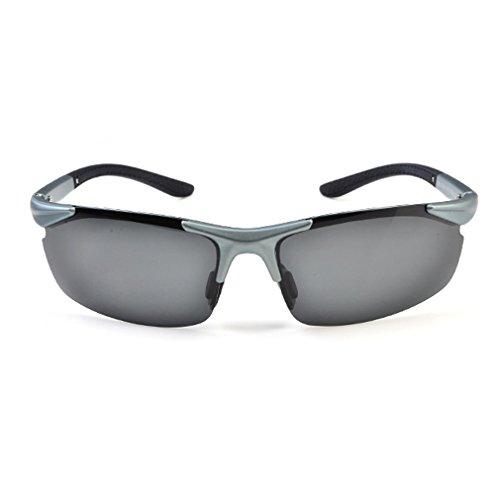 W-Q M (Thick Lensed Glasses)