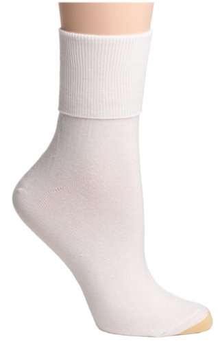 Ankle Toe Socks (Gold Toe Women's 3-Pack 3-Pack Anklets Turn Cuff Sock, White, Size 9-11)
