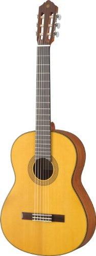 (Yamaha CG122MSH Classical Guitar, Solid Spruce Top )