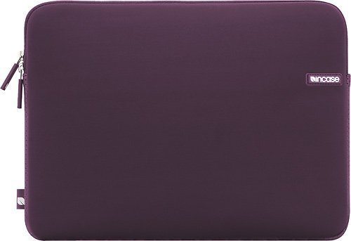 incase-neoprene-sleeve-for-macbook-pro-cl57656
