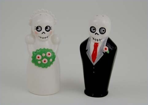 Newlydeads Bride and Groom Ceramic Salt and Pepper