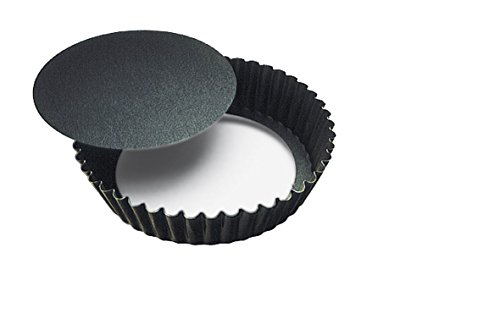 Paderno World Cuisine Fluted Non-Stick Tart Mold with Removable Bottom, ()