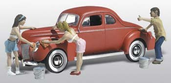 (Suds & Shine 1940's Ford Coupe w/Figures Washing Car N Scale Woodland)