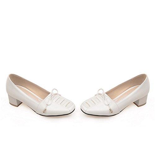 AllhqFashion Damen Weiches Material Quadratisch Zehe Niedriger Absatz Rein Pumps Schuhe Weiß