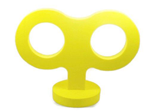 VW Beetle Yellow Wind Up Key]()