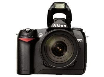 Nikon D70 Digital SLR Camera Kit includes AF-S DX Zoom-Nikkor 18-70mm Lens (Certified Refurbished)