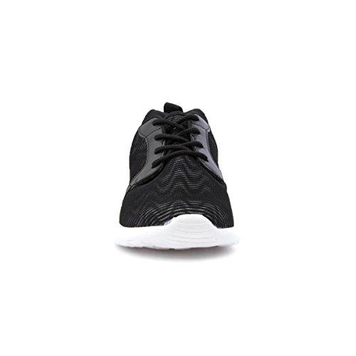 Sneaker Leggera Nera Con Lacci Neri Da Donna Lilley