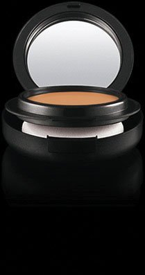 MAC Mineralize Foundation spf 15 - NC40 (Compact)