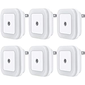 Uigos LED Night Light Lamp with Smart Sensor Dusk to Dawn Sensor, Daylight White, 0.5W Plug-in, 6 Piece