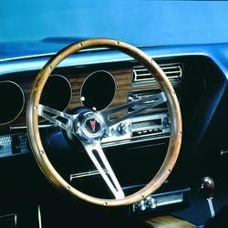 Grant Products 987 Classic Pontiac Wheel