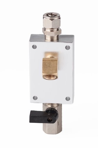 Maxline M3810 Outlet Kit for 1/2-Inch Tubing with 1/4-Inch NPT Outlet Port by Maxline - Npt Side Ports