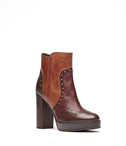 PoiLei Agata - chaussure femme / bottines en cuir marron à talon haut epais - compensé avec bout rond / surpiqué de détails richelieu