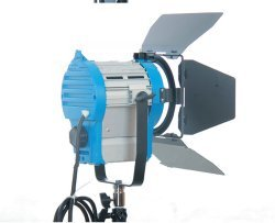 GOWE 2000W Fresnel Lights Tungsten Studio Lighting Continuous Photography Video Spot ()