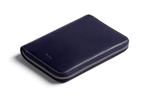 Bellroy Travel Folio (2 passports, 4-8 cards, boarding passes, cash and a pen) - Navy - - Wallet Zipped Unisex Compact