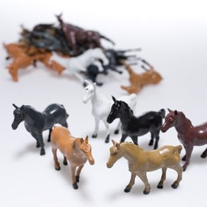 Fun Express Vinyl Plastic Horses Toy - 12 (Horse Cake Decorations)