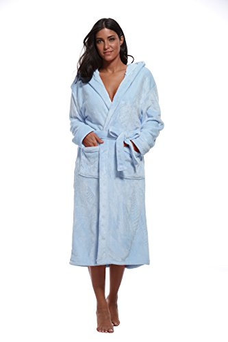 Robe Blue Hooded (Luvrobes Women's Plush Fleece Hooded Robe Ultra-Soft Long Bathrobe (M/L, Light Blue))