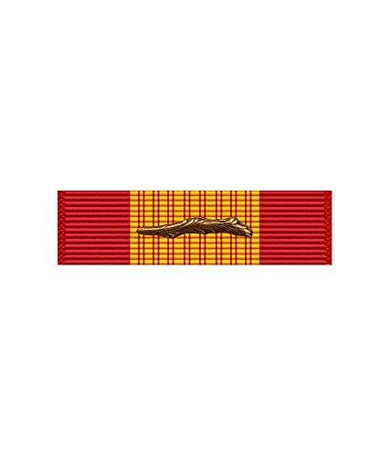 (US Army Vietnam Cross Gallantry Ribbon With Bronze Palm)