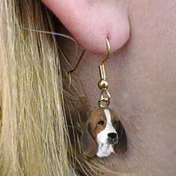 (Conversation Concepts Basset Hound Earrings Hanging)