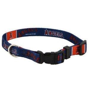 Los Angeles Angels of Anaheim Medium Adjustable Pet Dog Collar (Medium)