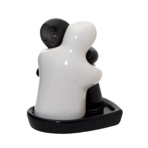 Large Black White Hugging Couple Salt and Pepper Pots on Heart Shaped Tray Fabu-licious