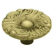 (BRAINERD MFG CO/LIBERTY HDW 69308 PROVINCIAL RONND KNOB ANTIQUE BRASS 1-1/2
