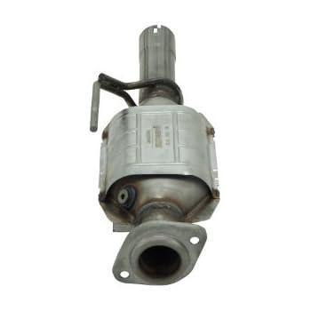 Flowmaster 2040006 2.50 Inlet//2.25 Outlet Direct Fit Catalytic Converter