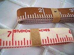 スタジオM` テープメジャー1m レッドの商品画像