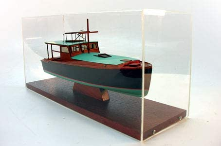 Abordage Pilar 1934 with Display case