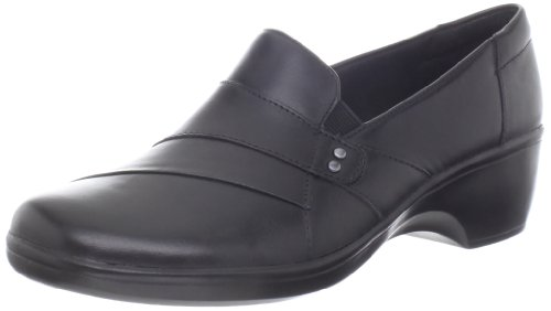 Leather Loafer Heels (CLARKS Women's May Marigold Slip-on Loafer, Black Leather, 7 W US)