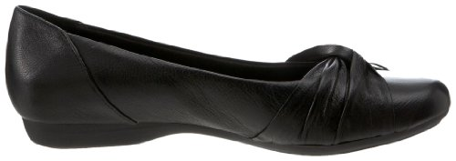 Clarks Womens Chateau Manor Flat Black Leather