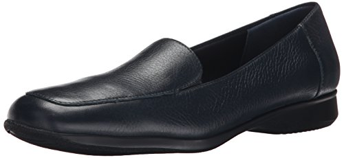 Trotters Women's Jenn Slip-On Navy Soft Tumbled