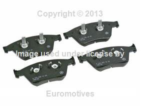 Mercedes ML/R-63 AMG Brake Pad Set Front GENUINE fresh stock