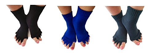 Toe Separator Yoga Gym Sports Massage Socks for Foot Alignment, Great for Sore Feet and Diabetics by TRiiM Fitness with FREE Exercise guide! (3 Pack ()