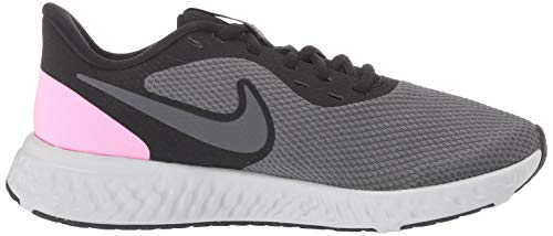 Nike Women's Revolution 5 Wide Running Shoe 6