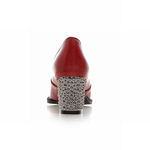 Mostrare Le Scarpe Sexy Tacco Alto Delle Donne Di Moda Lucentezza Rosso
